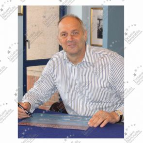 Sir Steve Redgrave Signed Photo: Sydney Photo Finish. Deluxe Frame