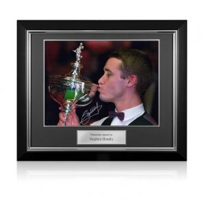 Stephen Hendry Signed Photo: World Snooker Champion. Deluxe Frame