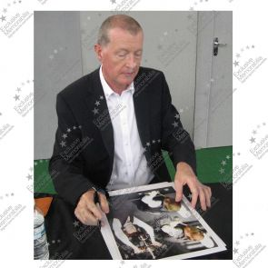 Signed Steve Davis Snooker Photo In Gift Box
