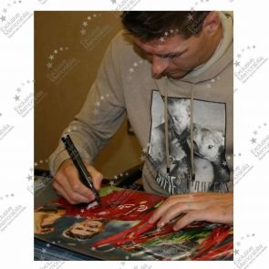 Deluxe Framed Steven Gerrard Signed Liverpool Photograph: Istanbul 2005