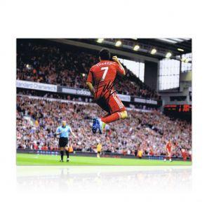 Luis Suarez trademark celebration