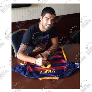 Luis Suarez Signed Barcelona 2015-16 Football Shirt. In Deluxe Black Frame With Silver Inlay
