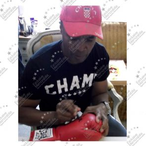 Sugar Ray Leonard And Roberto Duran Signed Cleto Reyes Boxing Glove In Display Case