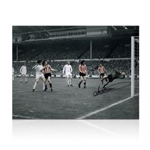 Jim Montgomery Signed Photo: FA Cup Final Wonder Save. In Gift Box
