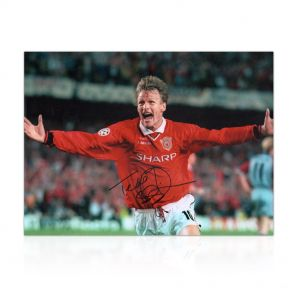 Teddy Sheringham Signed Manchester United Photograph In Gift Box: Champions League Goal