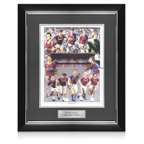 West Ham Boys Of 86 Signed By 12 Photo. Deluxe Frame