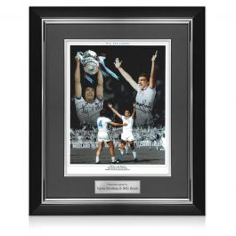 West Ham Photo Signed By Trevor Brooking And Billy Bonds: 1980 FA Cup Final. Deluxe Frame
