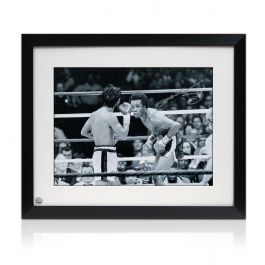 Sugar Ray Leonard Signed Boxing Photo: Fighting Roberto Duran. Framed