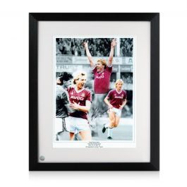 Frank McAvennie Signed West Ham Photo. Framed