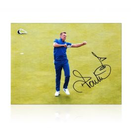 Ian Poulter Signed Ryder Cup Photo: 18th Hole Celebration