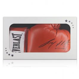 Ricky Hatton Signed Red  Everlast Boxing Glove In Gift Box