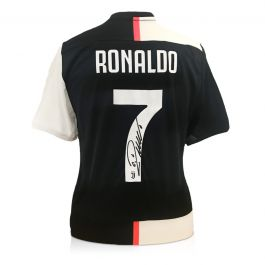 Cristiano Ronaldo Signed Juventus Football Shirt 2019-20