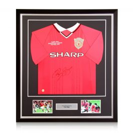 Ryan Giggs Signed Manchester United 1999 Champions League Shirt. Deluxe Frame