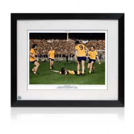 Charlie George Signed And Framed Arsenal 1971 FA Cup Final Photo