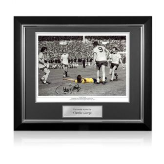 Charlie George Signed Arsenal 1971 FA Cup Final Photo. Deluxe Frame