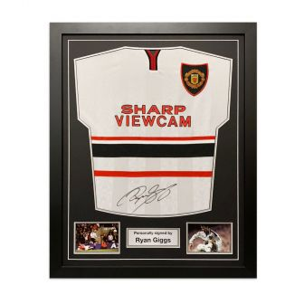 Ryan Giggs Signed Manchester United 1999 Away Shirt. Framed