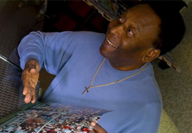 Pele Signing Session